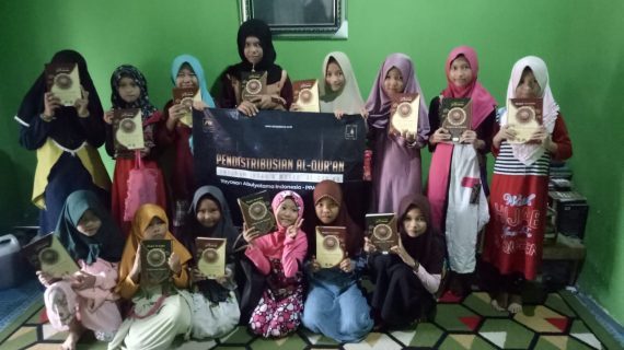 Pengiriman Wakaf Quran Ke RQ PPA Banjarmasin