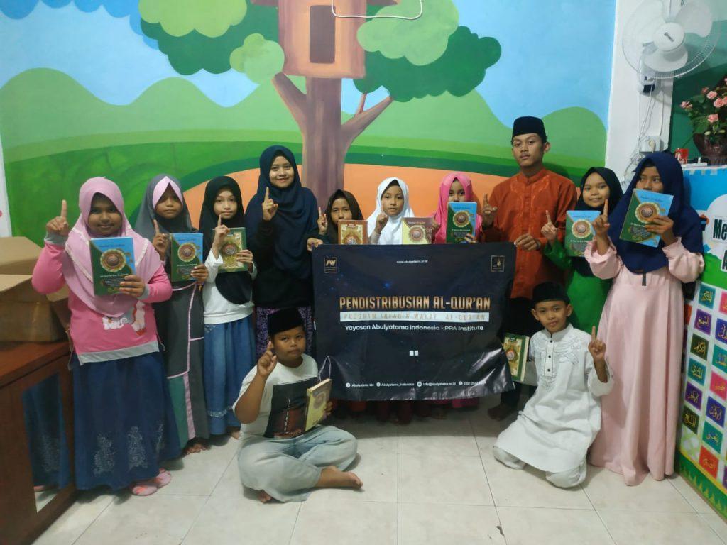 Distribusi Program Infaq & Wakaf Quran