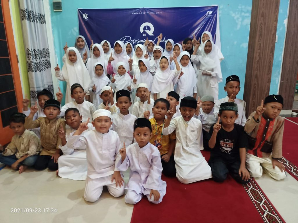 Distribusi Qur'an Untuk Santri RQ PPA Langsa